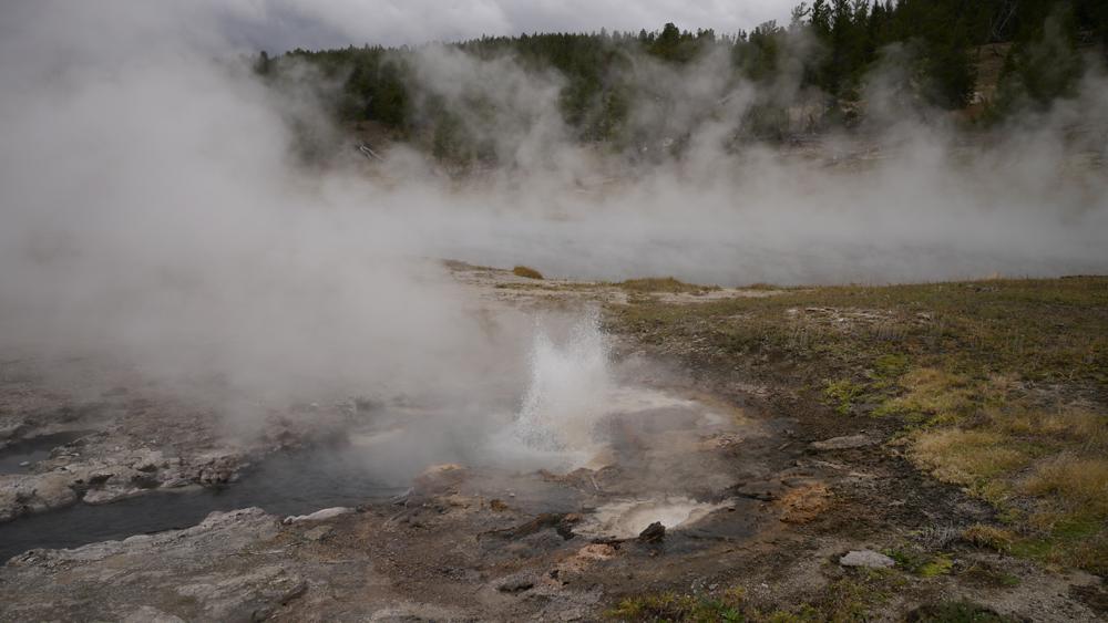 沸騰しているお湯が川に流れて行くところも美しいかった。