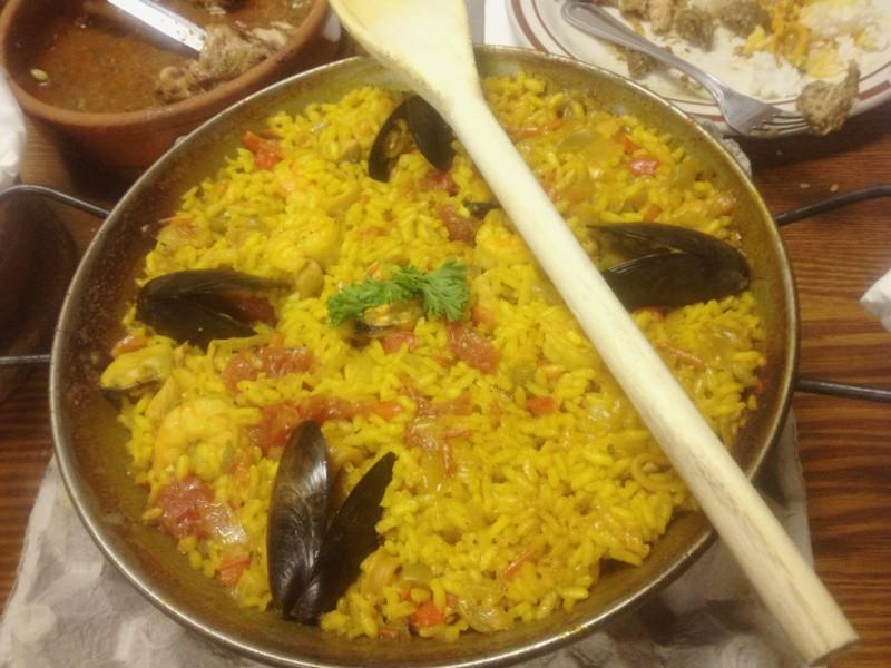 Cafe Madriz のパエリア。最後の米になろうとは