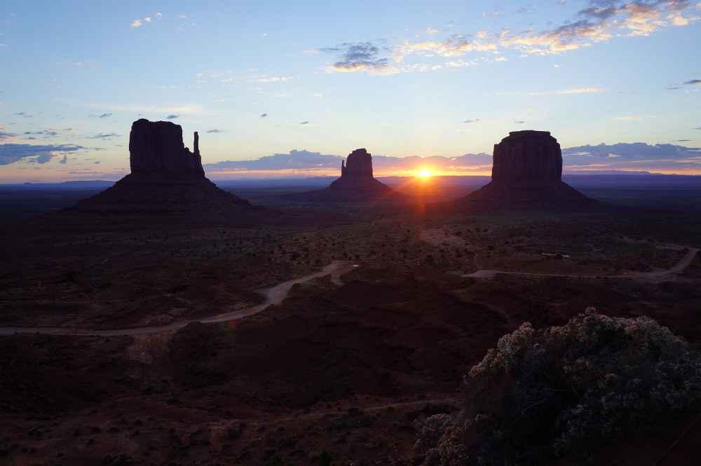 太陽の日で周りの景色が見えてきた