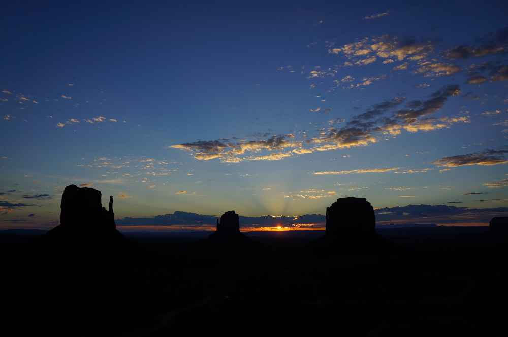 その上にある雲で再び太陽が隠れたが、この景色も美しい